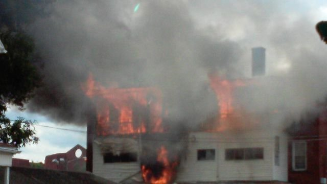 Fire reported on Franklin Avenue in Hartford on Thursday. (iWitness viewer)