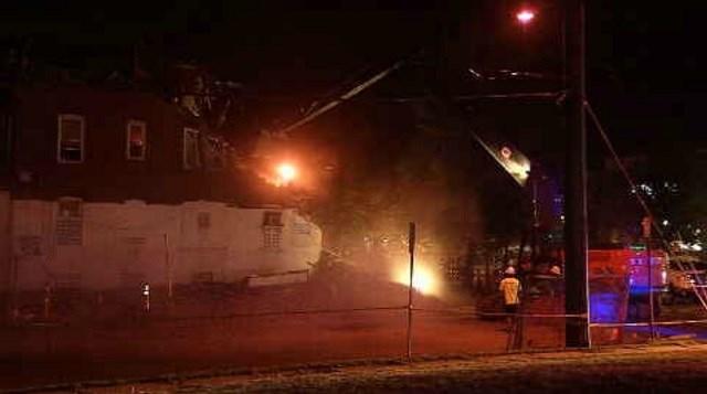 Crews tear down building in Hartford (WFSB)