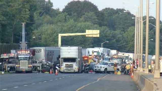 Police identify two women killed in I-95 crash (WFSB)