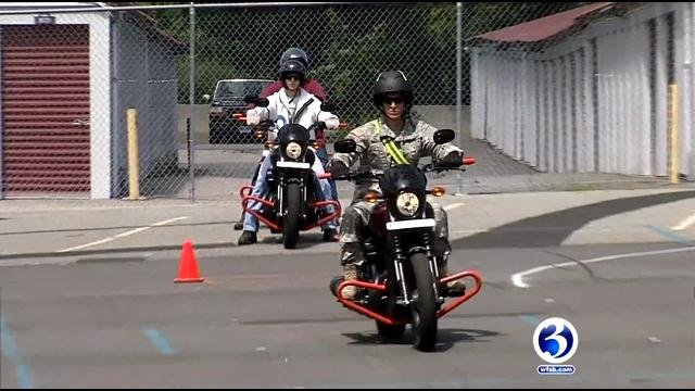 Military members get motorcycle license for free (WFSB)