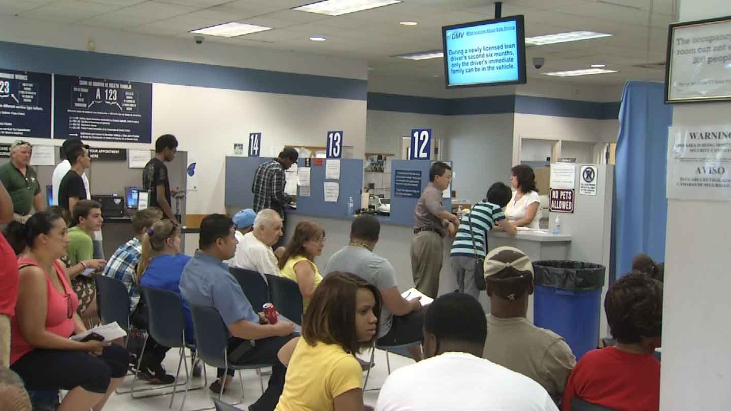 dmv will stop taking walk in customers at 2 p m on friday wfsb