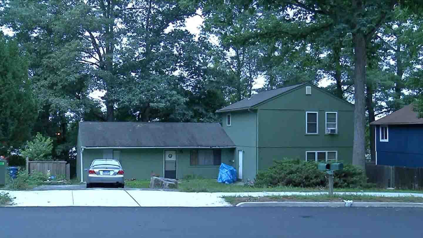The home in which police believed the suspect had barricaded himself. (WFSB photo)
