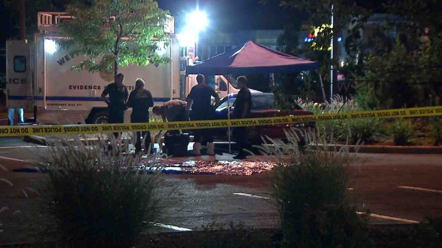 A body was found in a Honda Civic at Corbin's Corner in West Hartford. (WFSB photo)