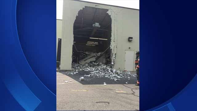 Wall collapses at Danbury store (Danbury Mayor Mark Boughton)
