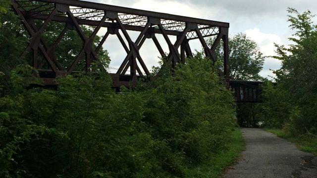 Rairoad bridge over Windsor Locks Canal Trail
