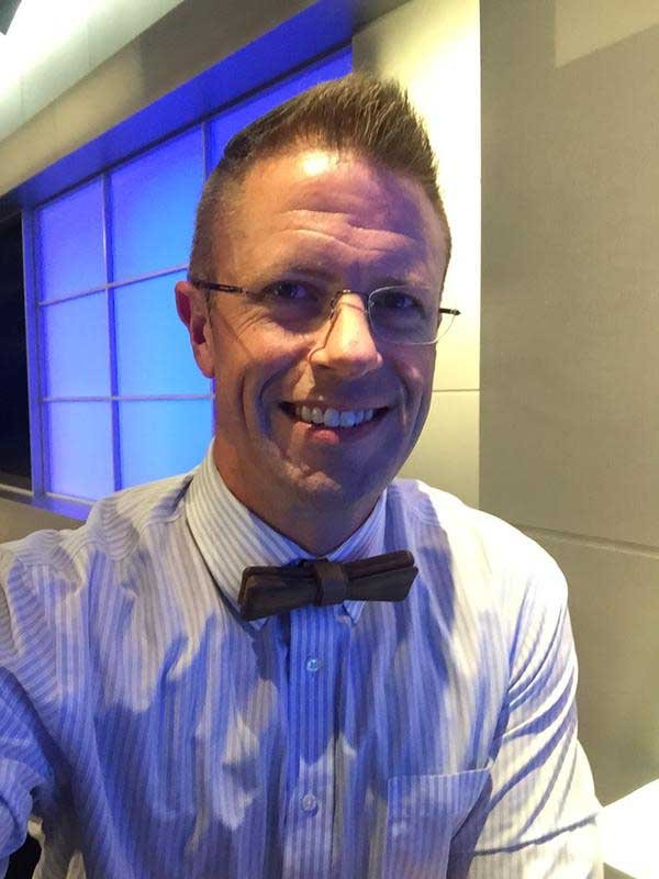 Meteorologist Mark Dixon dons a bow tie every Friday. (WFSB photo)