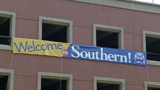 Students moved in to Southern Connecticut State University on Sunday. (WFSB)