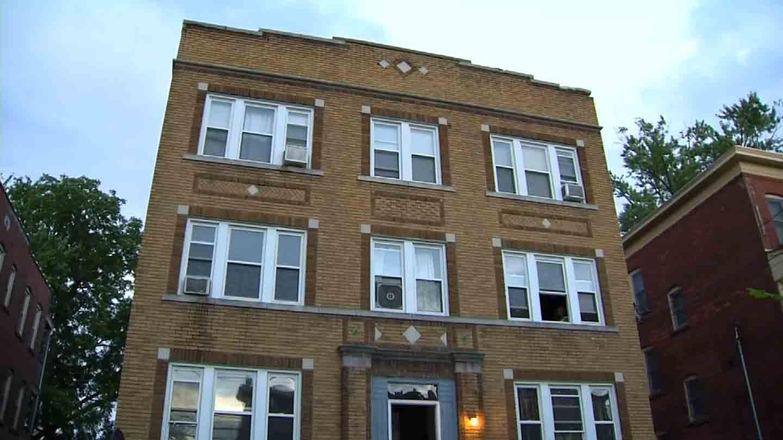 Five men tied up and held a woman at gunpoint in Hartford Saturday night. (WFSB photo)