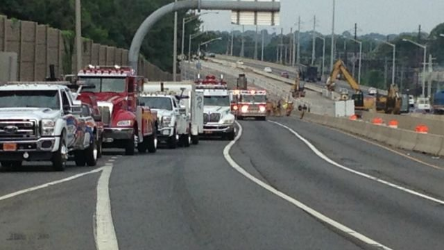Interstate 95 northbound in Milford was closed after a tractor trailer fire (WFSB)