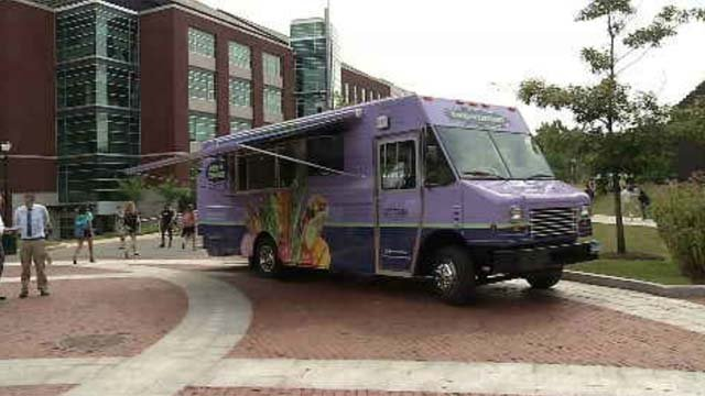UConn introduces new food trucks on Storrs campus (WFSB)