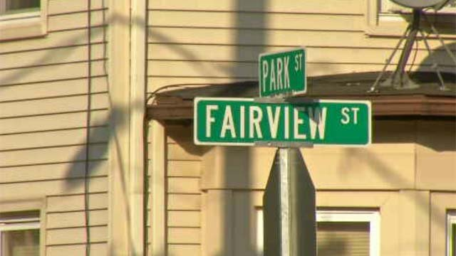 Woman fends off attacker in Willimantic home invasion (WFSB)