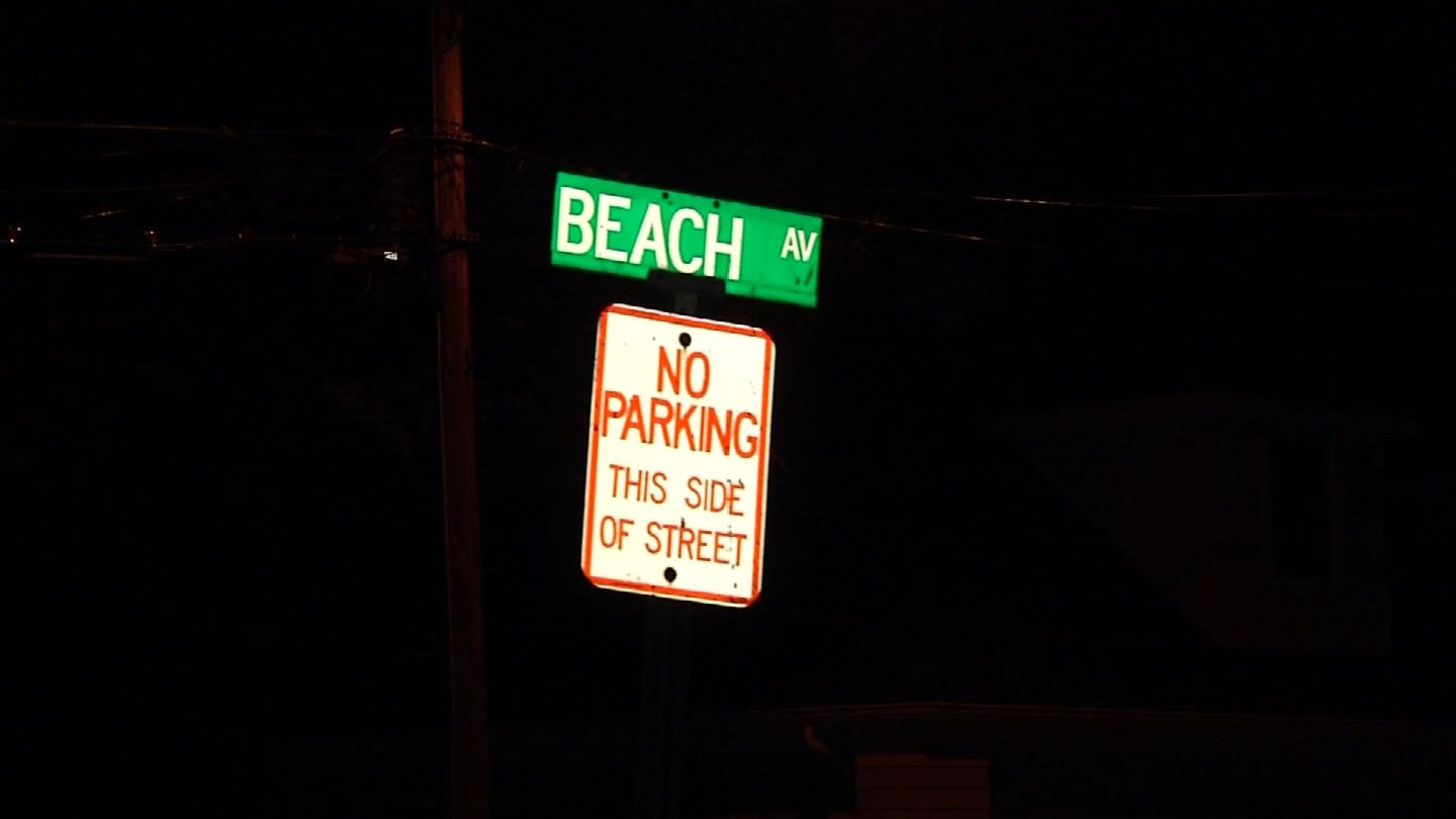 A man allegedly made an inappropriate gesture to a group of teenage girls on Beach Avenue this week. (WFSB photo)