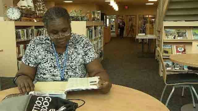 Hartford woman heads back to college after 30 years (WFSB)