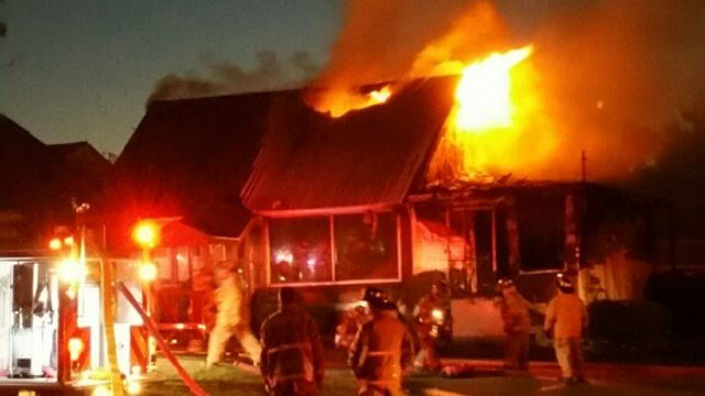 Flames tore through the Golden Wok restaurant in Prospect. (iWitness photo)