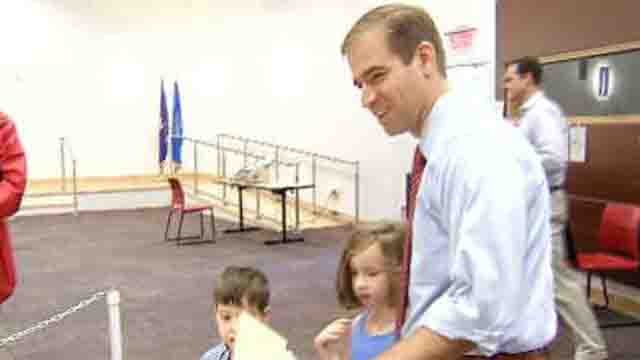 Bronin wins democratic mayoral primary in Hartford (WFSB)