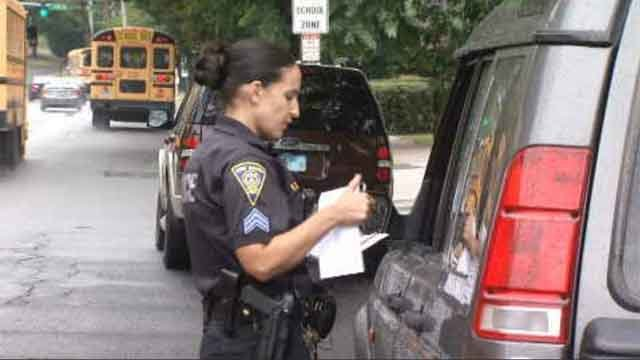 CT drivers disobeying school bus stop lights (WFSB)