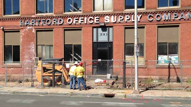 A construction worker was hurt by a brick on Capitol Avenue in Hartford. (WFSB photo)