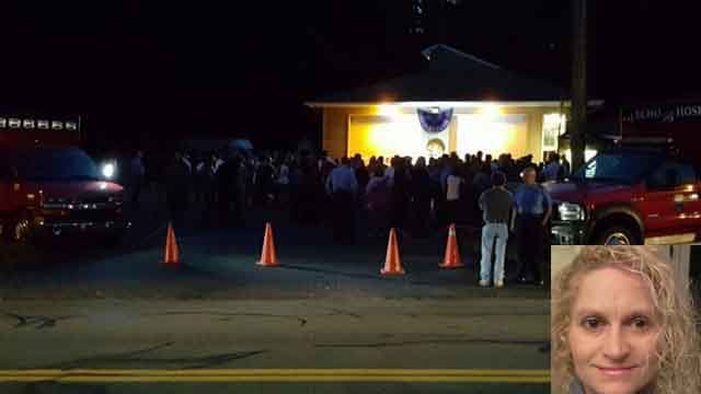Hundreds gather to mourn loss of murdered Shelton mother (WFSB)