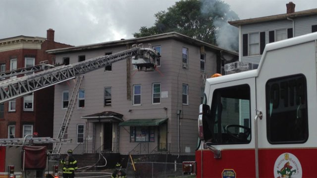 Crews are responding to a fire on Franklin Avenue in Hartford. (WFSB)