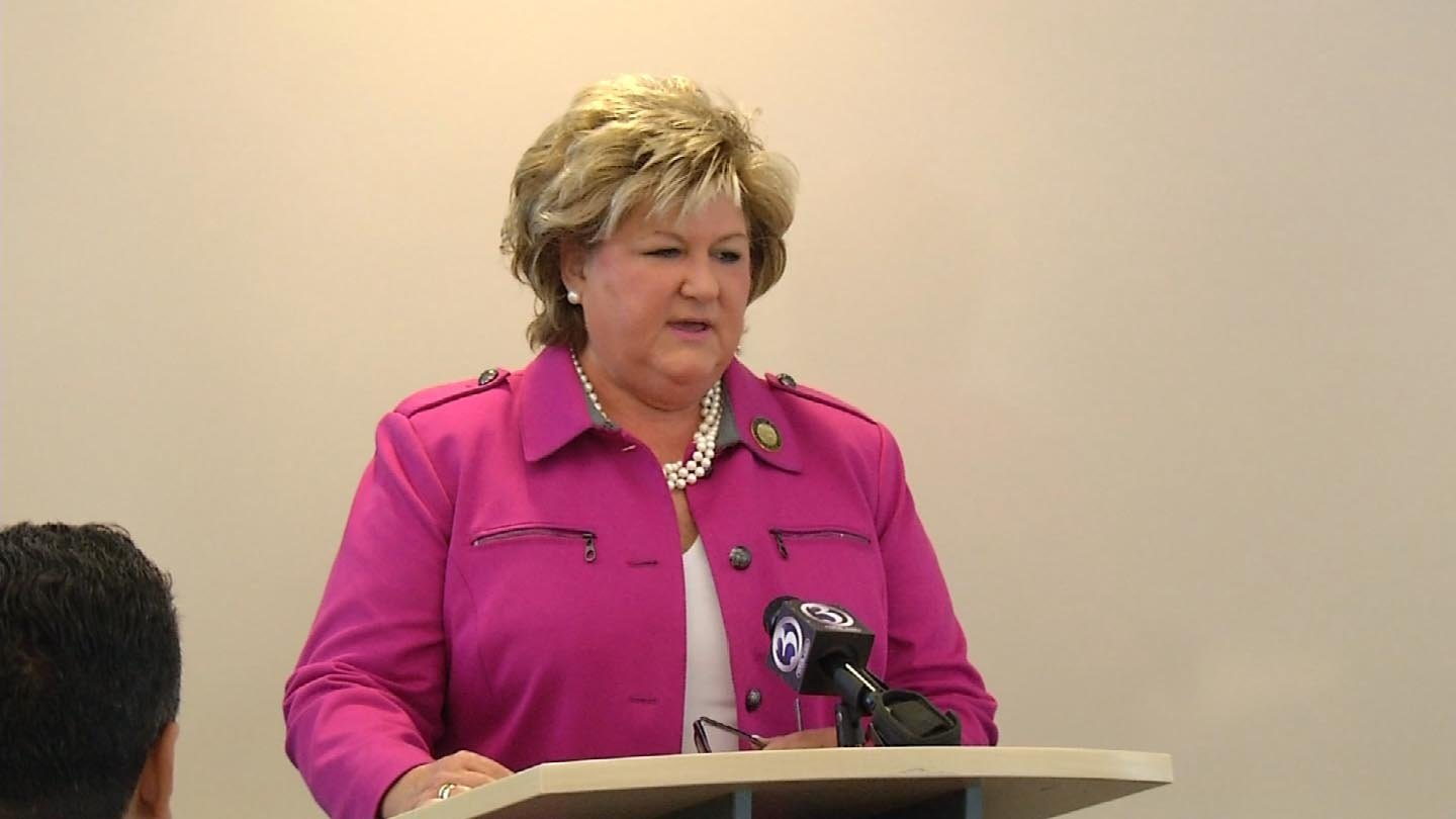 Mayor Marcia Leclerc discusses storm preparations in East Hartford on Thursday. (WFSB photo)
