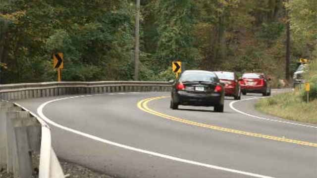 Officials hope LED street lights will improve portion of Route 66 (WFSB)
