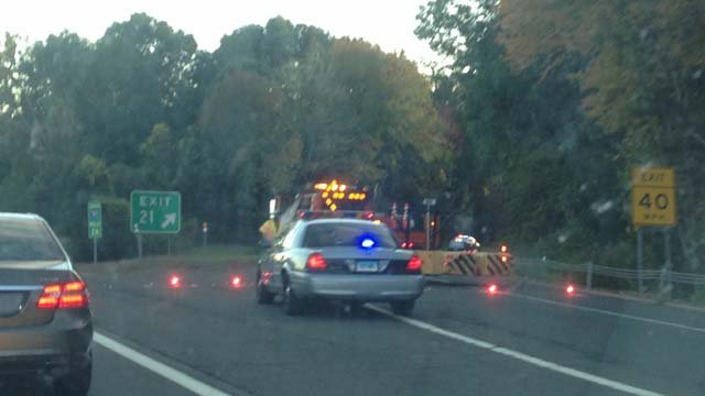 Serious crash causes delays on I-91 south in Cromwell (WFSB)