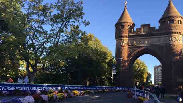 Thousands lace up for the Eversource Hartford Marathon (WFSB)