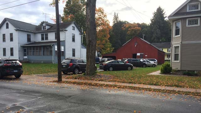 The FBI executed a search warrant on a property in Manchester Tuesday morning. (WFSB photo)