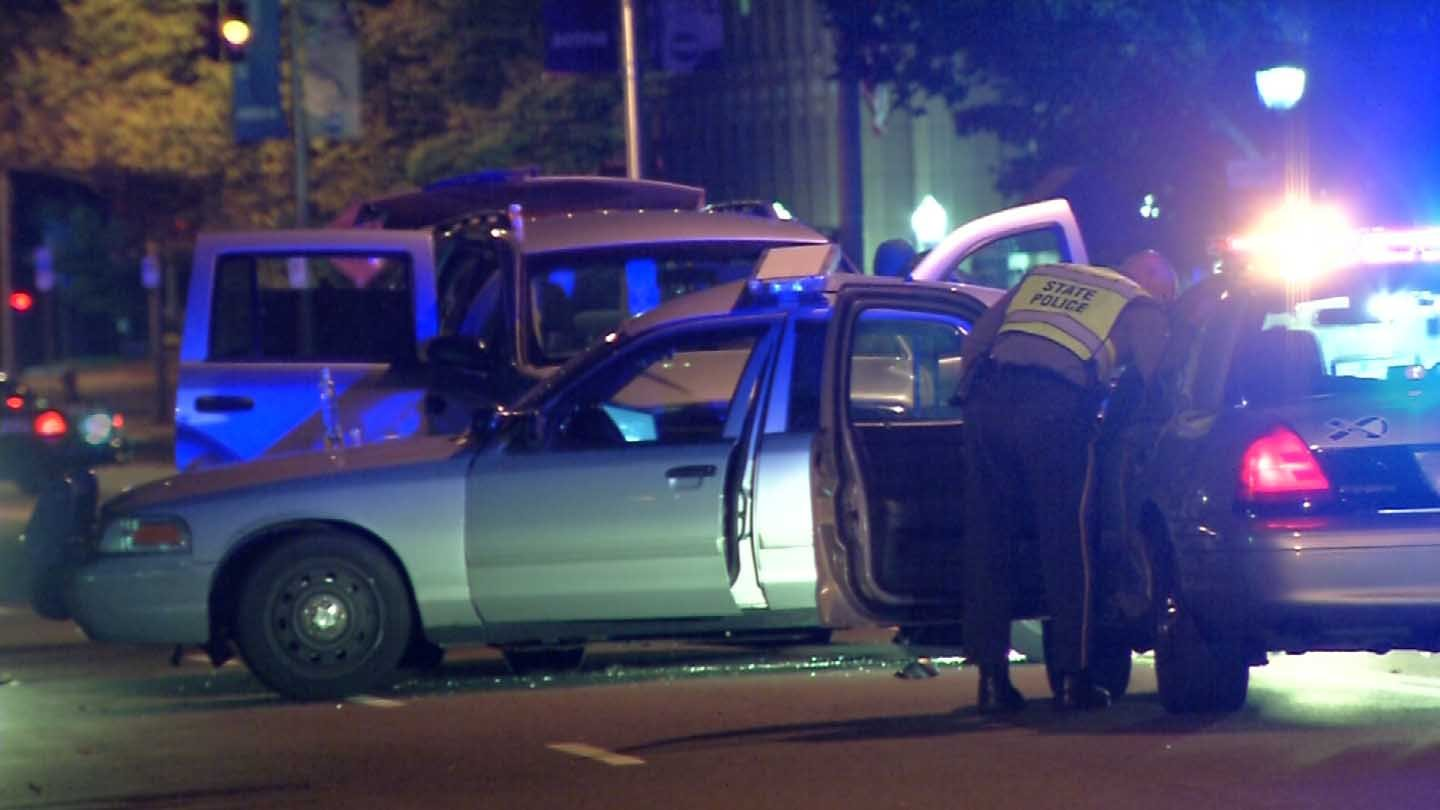A trooper was involved in a crash in Hartford overnight. (WFSB photo)