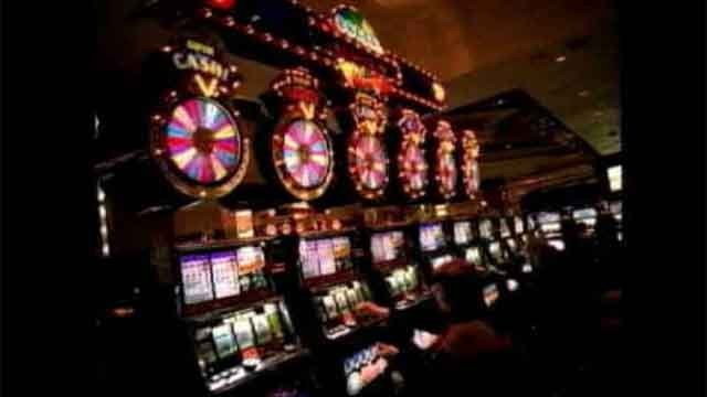 State officials look at building casino near Bradley Airport (WFSB)