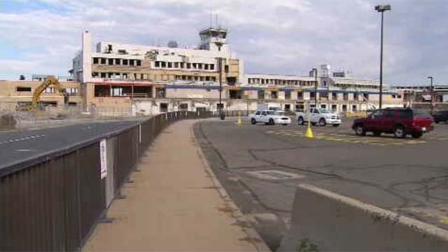 Windsor Locks votes down proposal for casino at airport (WFSB)