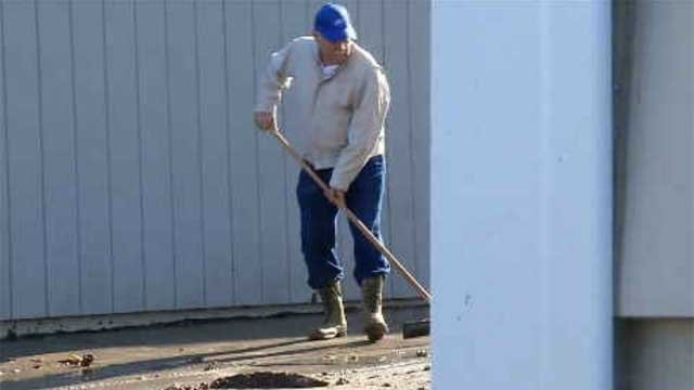 Shoreline cleans up after Wednesday's heavy rain and wind (WFSB)