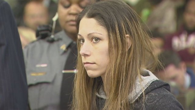 Jennifer Valiante appears in court on Monday morning. (Pool camera: News12)