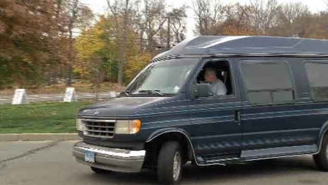 Clinton police trying to help dispatcher get new van (WFSB)