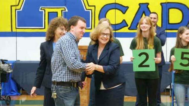 Colchester teacher wins Milken Educator Award (WFSB)