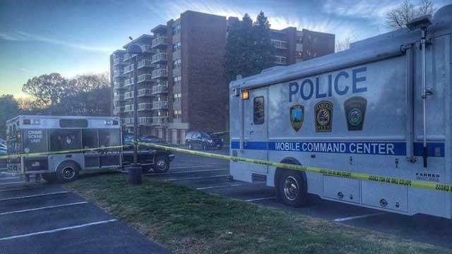 Suspicious deaths under investigation in Hamden (Hamden Police)