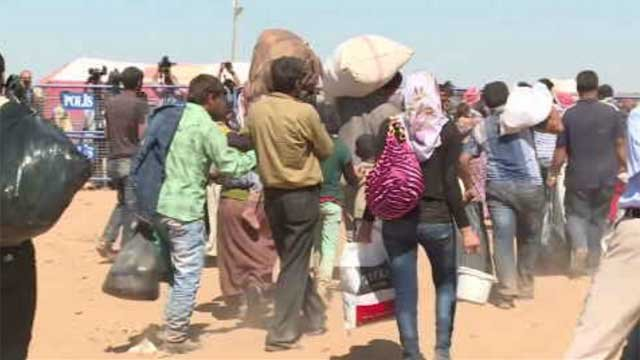 Several church groups in Connecticut are making plans to host up to 100 Syrian refugee families next year. (WFSB)