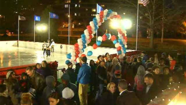 Winterfest kicks off at Bushnell Park in Hartford (WFSB)