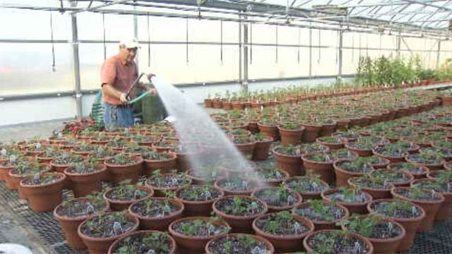 East Hartford farm forced to pay for unused service (WFSB)