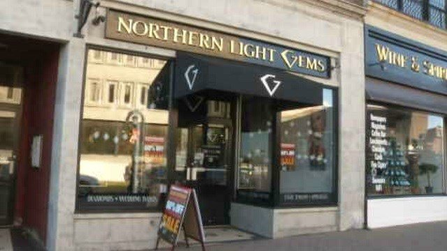Holiday shoppers gear up for Small Business Saturday (WFSB)