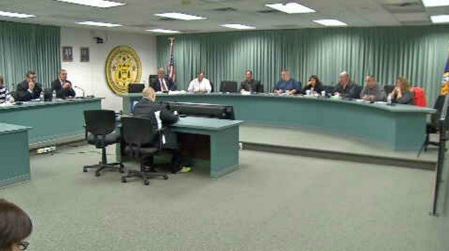 Enfield school officials discuss honors classes (WFSB)