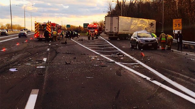 Crash closes off-ramp to exit 36 for I-91 in Windsor. (CT State Police)