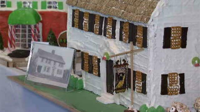 Dozens of gingerbread houses on display in South Windsor (WFSB)