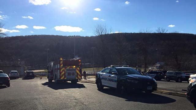 Construction worker injured at Naugatuck High School (Naugatuck police)