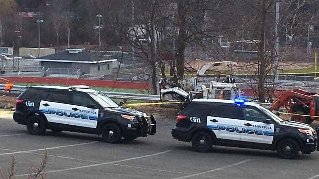 Construction worker injured at Naugatuck High School  (WFSB)