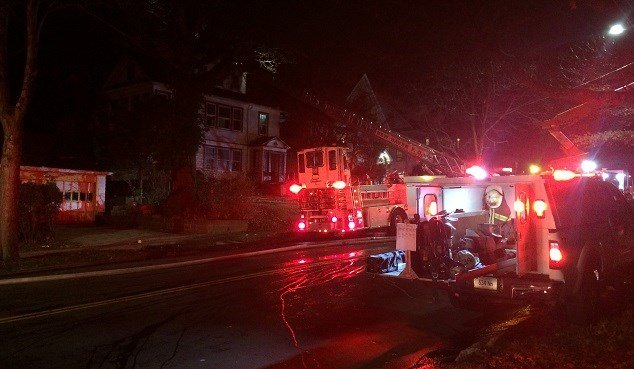 Firefighter injured while battling New Haven fire (WFSB)