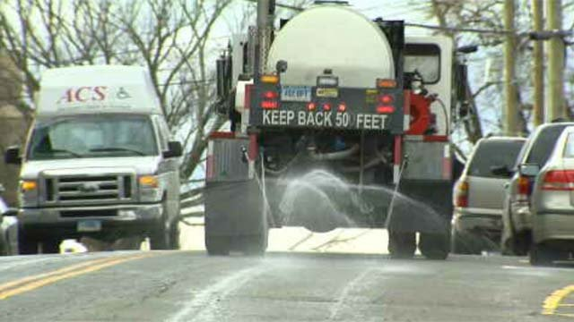 Towns, residents prepare for Tuesday's wintry weather (WFSB)