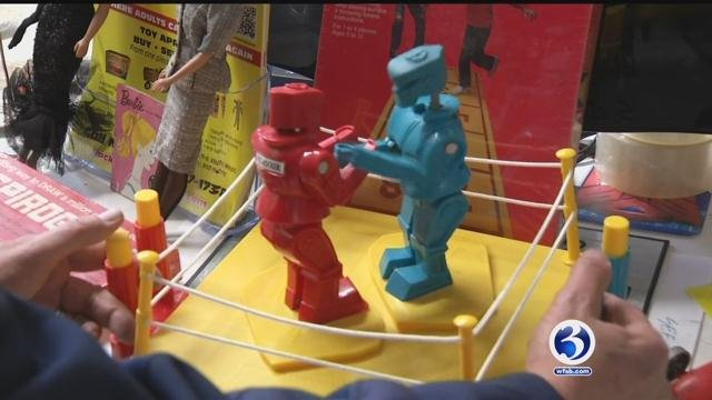 Stonington toy store buys and sells thousands of toys (WFSB)