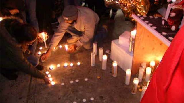 On Monday night, dozens turned out for a vigil for Colon (WFSB)
