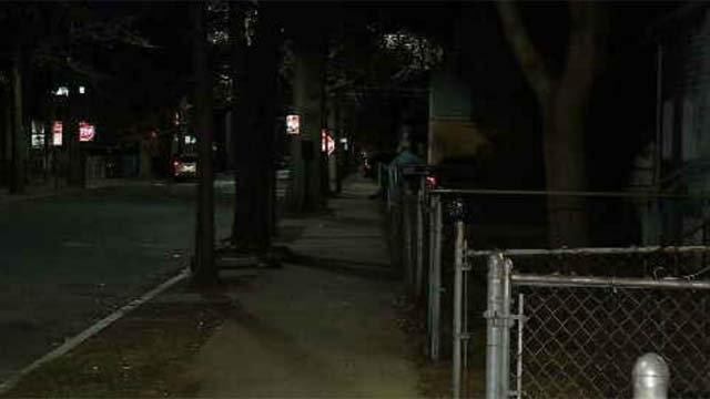 The search is on in New Haven for the burglar who walked into a home with a butcher knife and reportedly assaulted a woman. (WFSB)